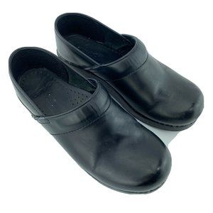 Dansko Black Leather Clogs 39 US Size 8.5-9
